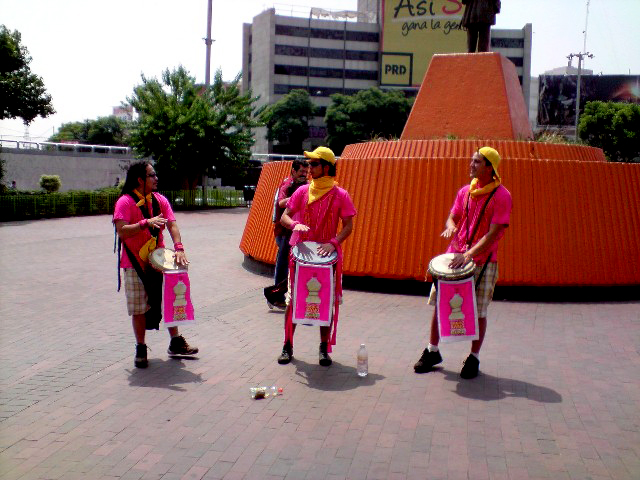 tambores, tambores en méxico, tambores méxico, percus, percusiones, percusiones en méxico, show de tambores, show de percusiones