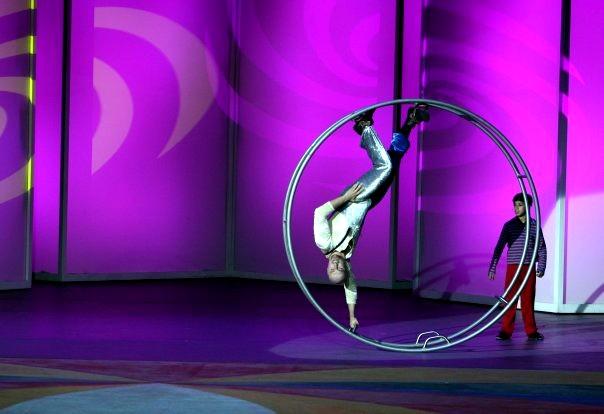 acróbatas, rueda alemana, rueda alemana en méxico, rueda cyr, rueda cyr en méxico