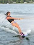 Servicio de esquí acuático para despedidas