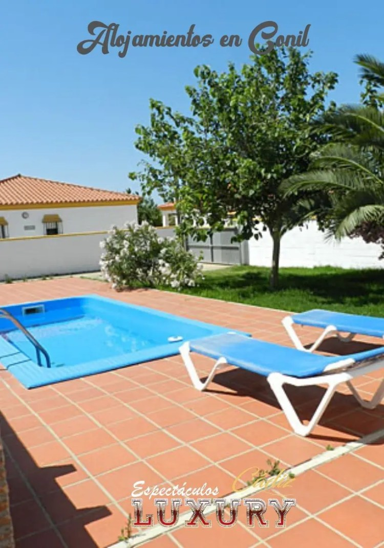 alquilar casas con piscina en Roche para despedidas