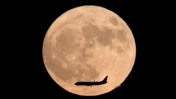 Una ciudad china planea iluminarse con una 'luna artificial' para 2020