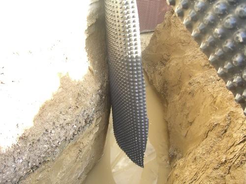 isolamento piede della muratura - Tanti modi per usare il vetro cellulare, anche nel risanamento. 6