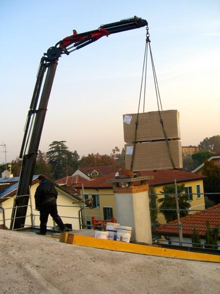 fibra-cosa-serve-subito-iniziare-isolamento-di-un-tetto-latero-cemento-fibra-legno-02