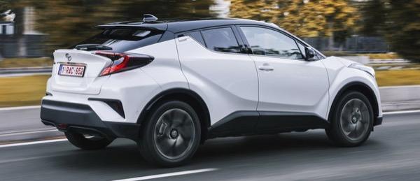 auto-benzina-prima-hybrid-toyota-ch-r-18-2wd-04