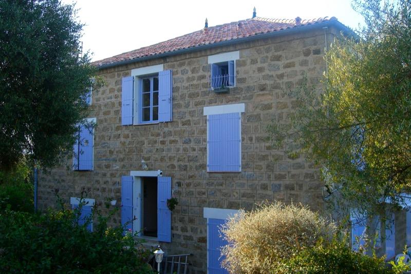 coibentazione contro il caldo - Eine Isolierung in Granit wird zum Ferienhaus auf Korsika 200