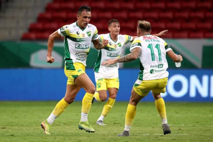 Palmeiras perde para o Defensa y Justicia em casa e fica com o vice da Recopa Sul-Americana