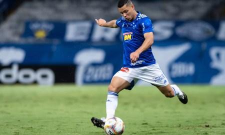 Matheus Pereira retorna para o jogo contra o Confiança, após cumprir suspensão