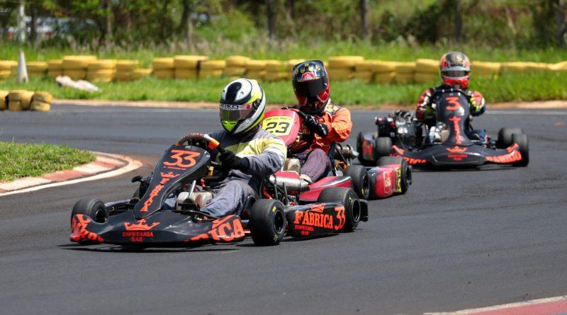 Os Lokos Racing vencem as 100 milhas de Kart do Kartódromo José Carlos Pace