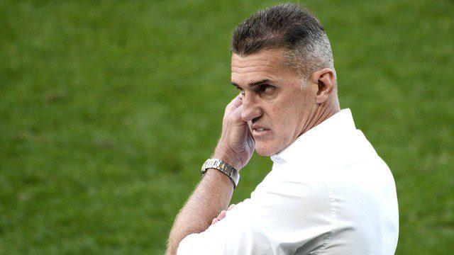 Treinador Mancini balança o comando do Corinthians
