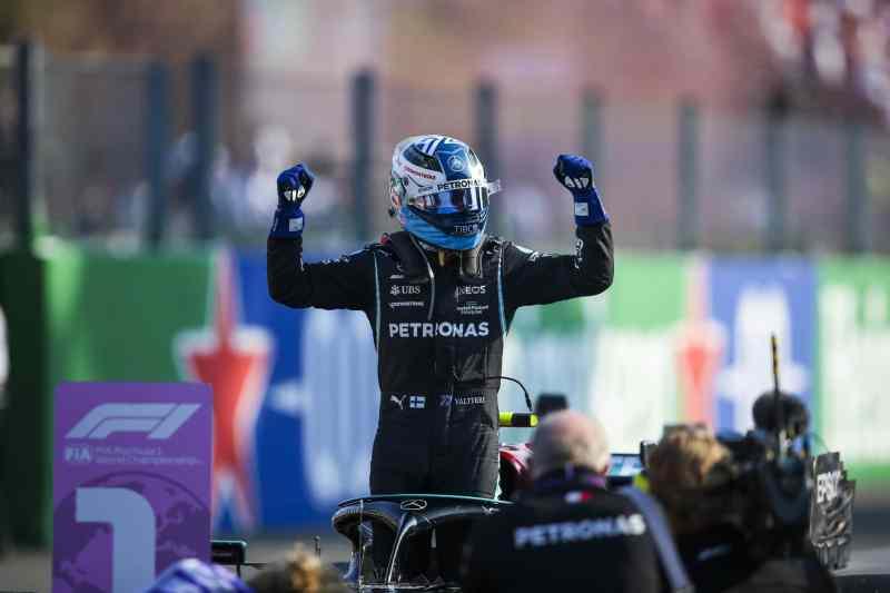Bottas vence sprint race em Monza, mas por troca de motor, perde posições para a corrida