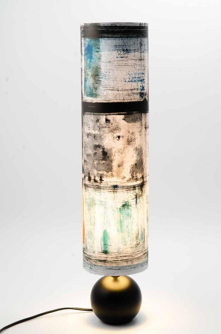 « lampe le feu et l'eau »lampe de créateur, pièce unique pied rond en céramique noire