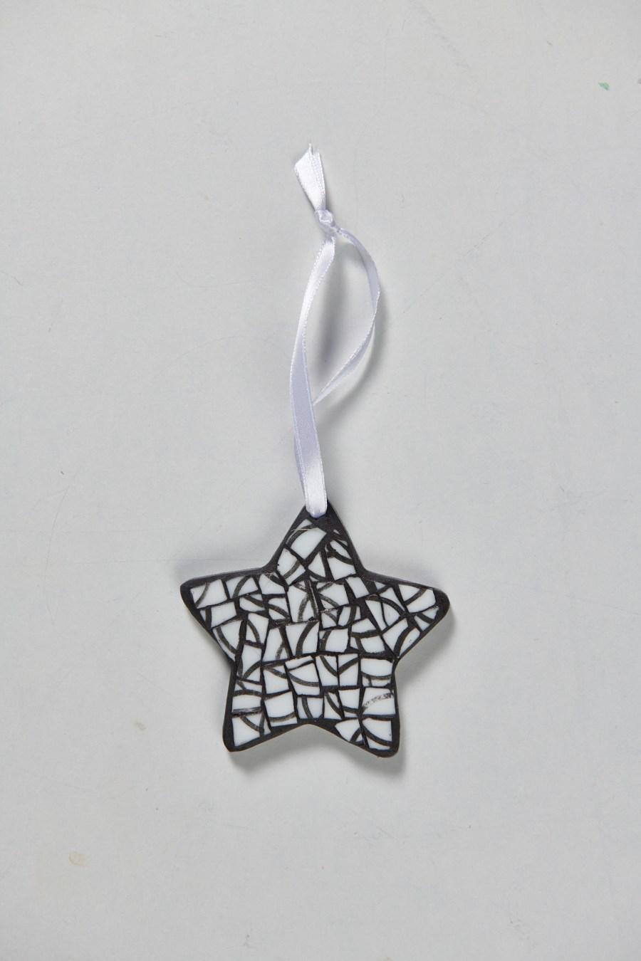 Muriel Bigot MB Mosaïques Étoile black & white