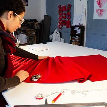 Nos boutiques de créateurs présentent le travail de Constance Fohlen dans son Atelier Coeur Cousu