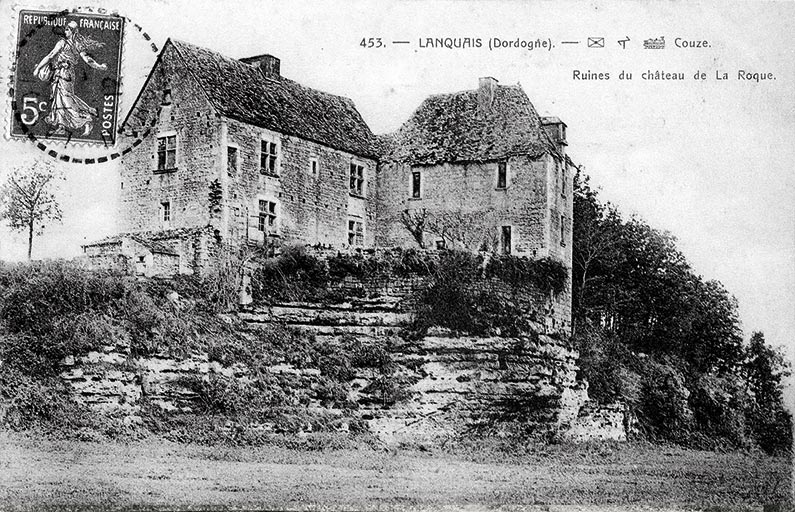 Le château de Laroque, vue côté Couzeau, au début du XXe siècle avant sa restauration