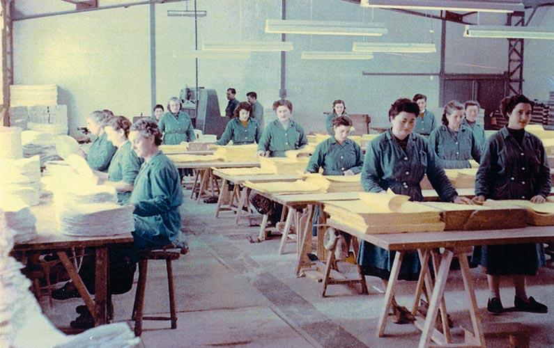 Atelier de comptage des feuilles en 1960