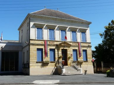 800px-Eymet_mairie