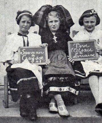 Écolières alsaciennes et lorraines à Creysse, 1941