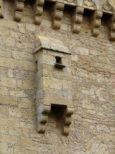Saint-Leon-sur-Vezere-salle-latrines