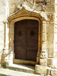 Sarlat-la-Caneda-manoir-Gisson-porte