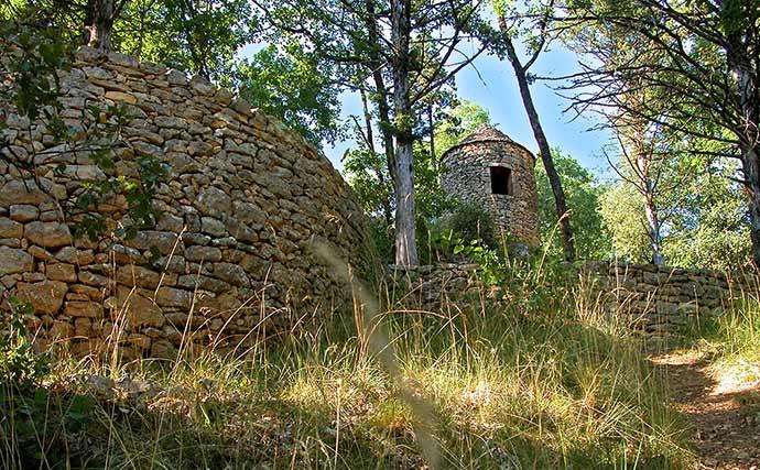 Les Murets En Pierre Seche Esprit De Pays Dordogne Perigord