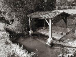 Lavoir sur la Louyre, Saint-Félix-de-Villadeix, Dordogne
