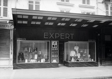 Bergerac 1948, magasin Expert