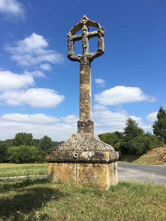 Croix-Hosanniere-Sergeac