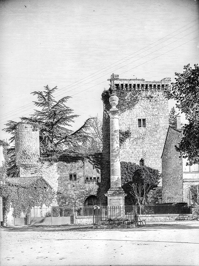 Château de la bastide d'Eymet, 1937 © Galerie Bondier-Lecat