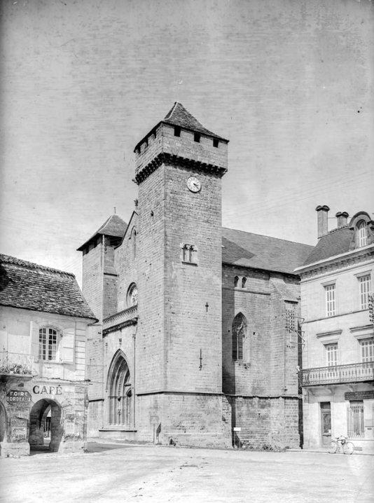 Église de la bastide de Beaumont-en-Périgord, 1937 © Galerie Bondier-Lecat