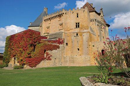 Chateau-de-Biron-Au-Fil-du-Temps-3