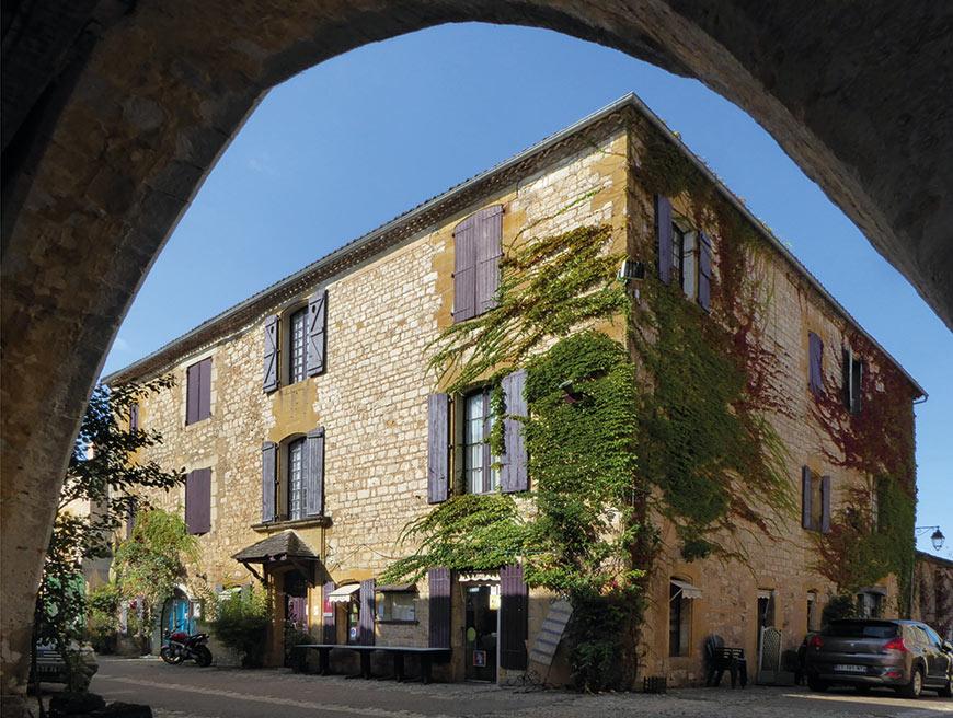 Lawrence Du Perigord Esprit De Pays Dordogne Perigord