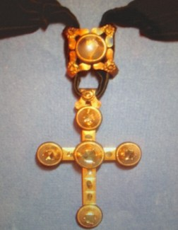 "Croix ""Capucine"", Or et Diamants"