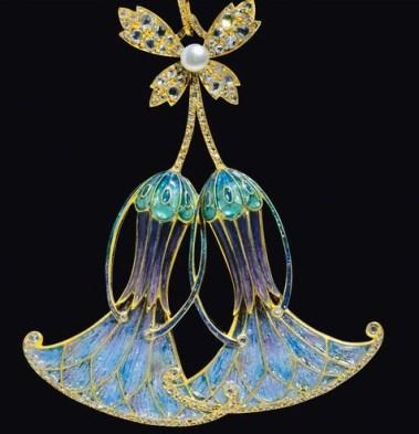 Or, Émaux à jour, Diamants et Perle. Vers 1900 D'après Desrosiers