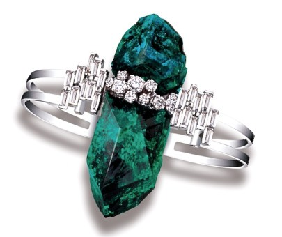 © JEAN VENDOME Dioptase, Diamants, Or.