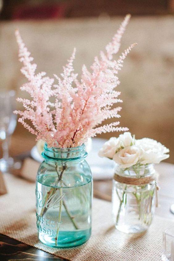 astilbes - Fleurs roses en bouquets