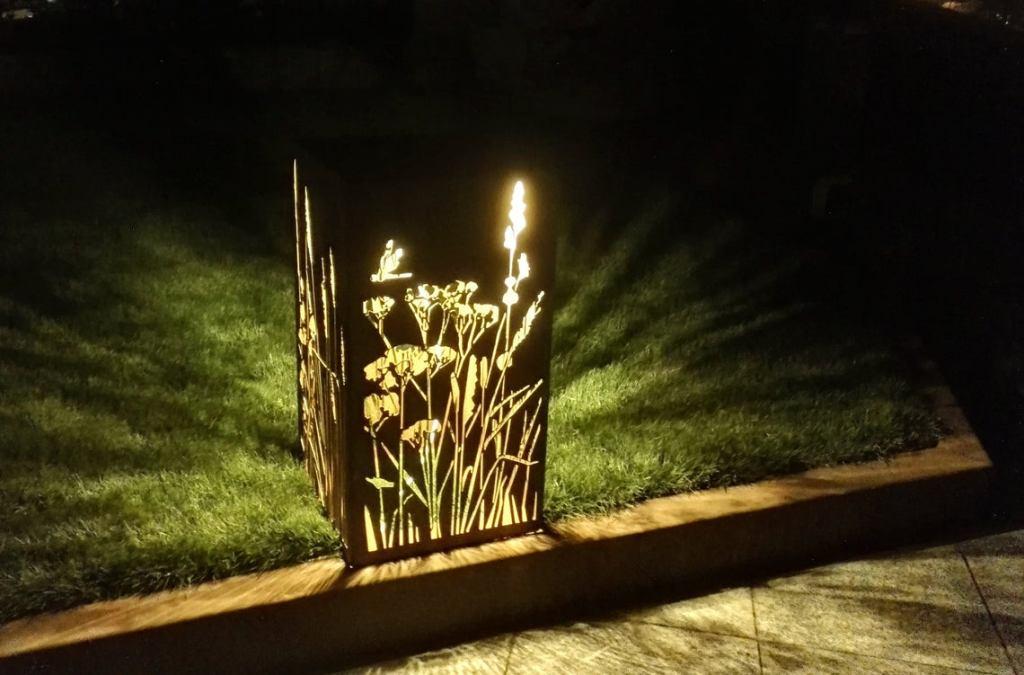 Lâmpada de jardim