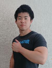 エスクァティア スタッフ 木目田隆文 きめだ ベンチプレス