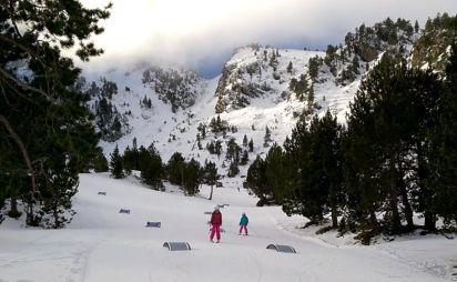 Esquia con Peques Ordino Arcalís