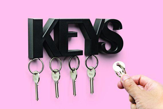 chaveiro magnético de pendurar na parede keys em preto