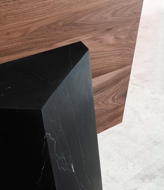 Dolmen-bookshelf-detail