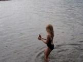 De la sirène pas frileuse en rivière - très - froide