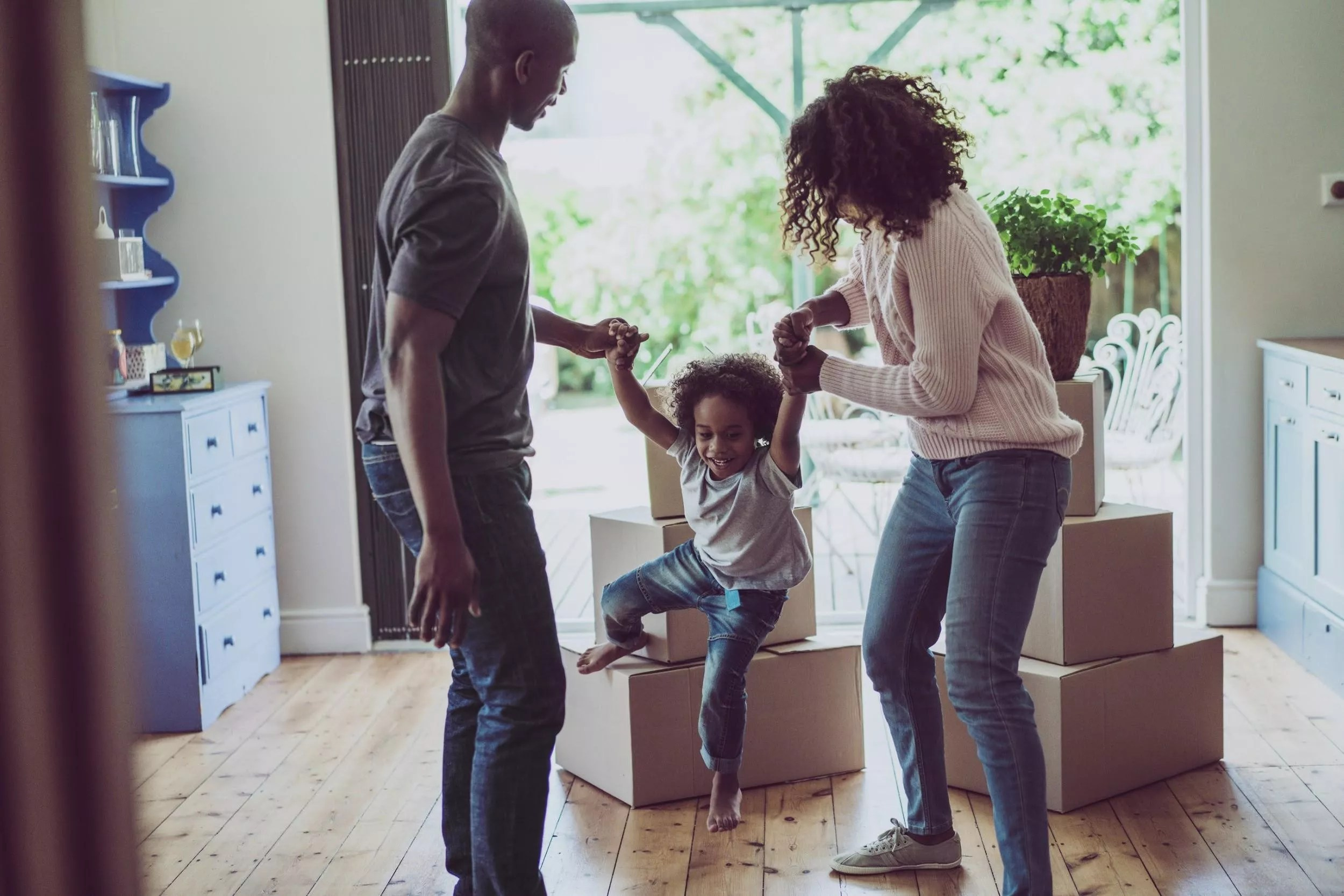 Moving Tips: How to Make Moving Easier for Kids via @extraspace
