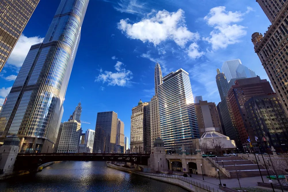 Should You Rent or Buy in Chicago? via @extraspace