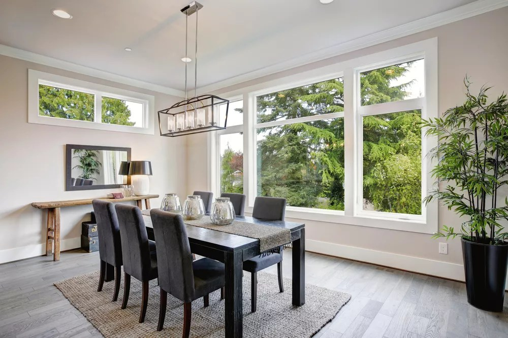 Home Staging Tips: The Best Paint Colors for Selling a House via @extraspace