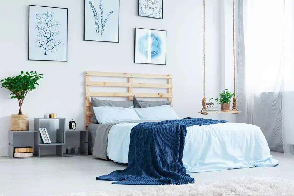 27 simple bedroom organization storage ideas including diy ideas rh extraspace com bathroom organization tips bedroom organization tips for teens