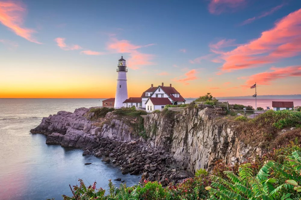 Best Small Towns in America: 7 Places You'll Want to Live via @extraspace