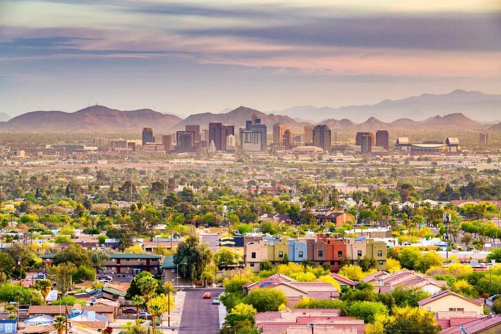 Safe, Affordable Neighborhoods in Phoenix via @extraspace