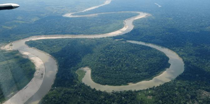 Survol de l'Amazonie à Acre