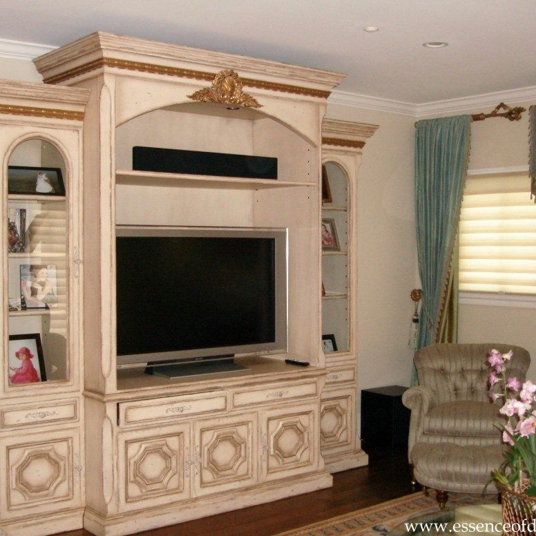 Potomac-Maryland-interior-designer-Shiva-Rostami-living-room-entertainment-unti-Chevy-Chase-MD.