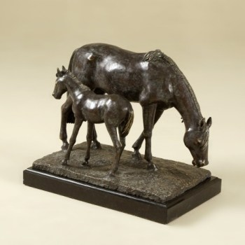 Maitland-Smith-Bronze-Horse-Statue-on-marble-base